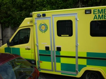 picture of ambulance door