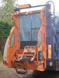 Picture of refuse truck 2013
